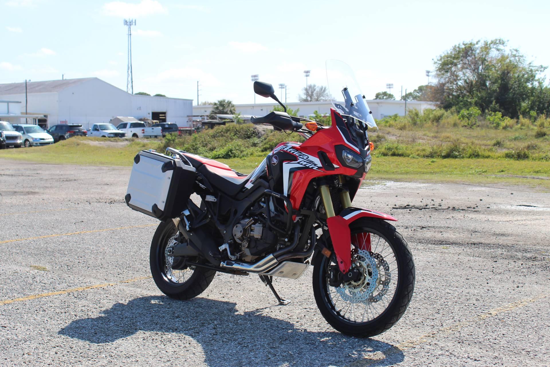 2017 Honda Africa Twin DCT in Sarasota, Florida - Photo 2