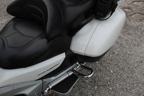 2012 Honda Gold Wing® ABS in Sarasota, Florida - Photo 31