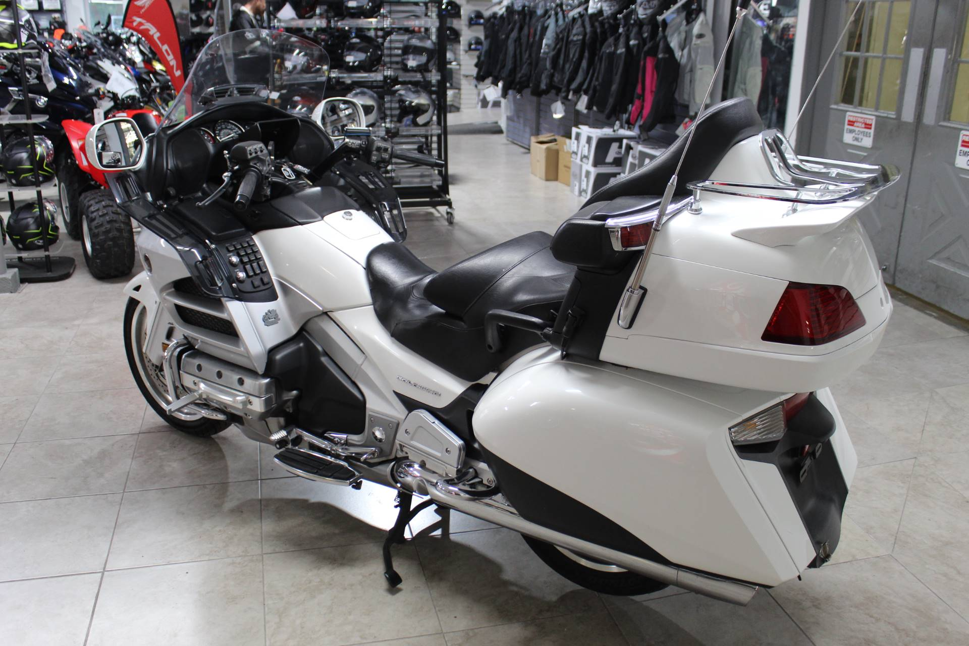 2012 Honda Gold Wing® ABS in Sarasota, Florida - Photo 6
