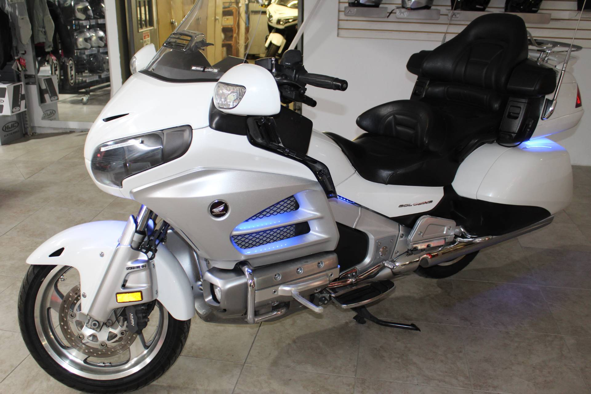 2012 Honda Gold Wing® ABS in Sarasota, Florida - Photo 36