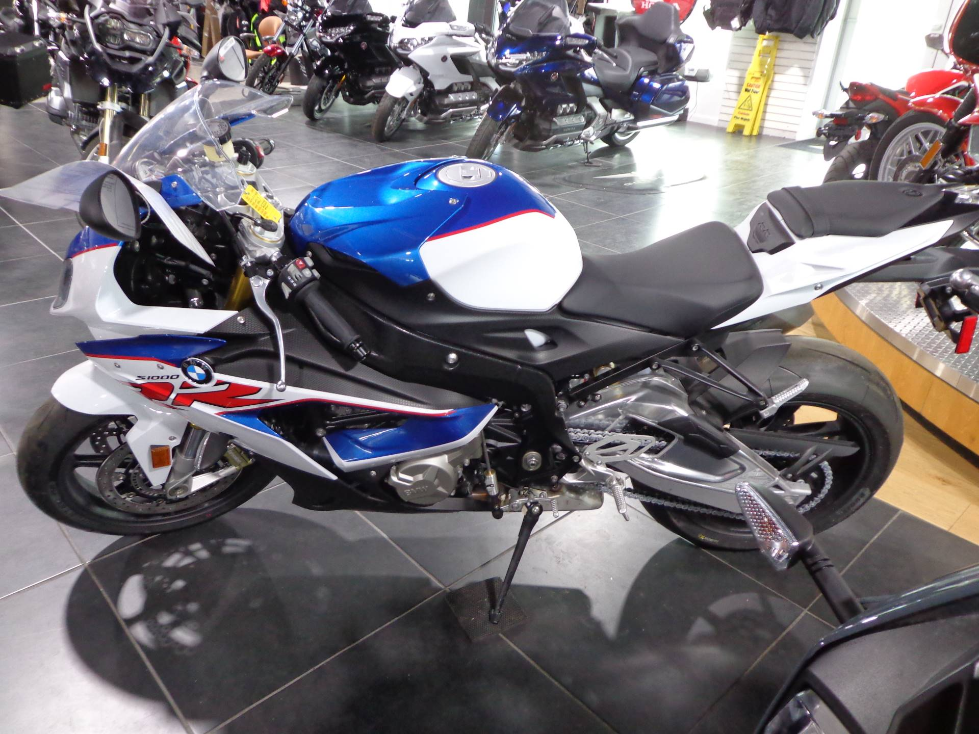 2019 BMW S 1000 RR in Sarasota, Florida - Photo 4