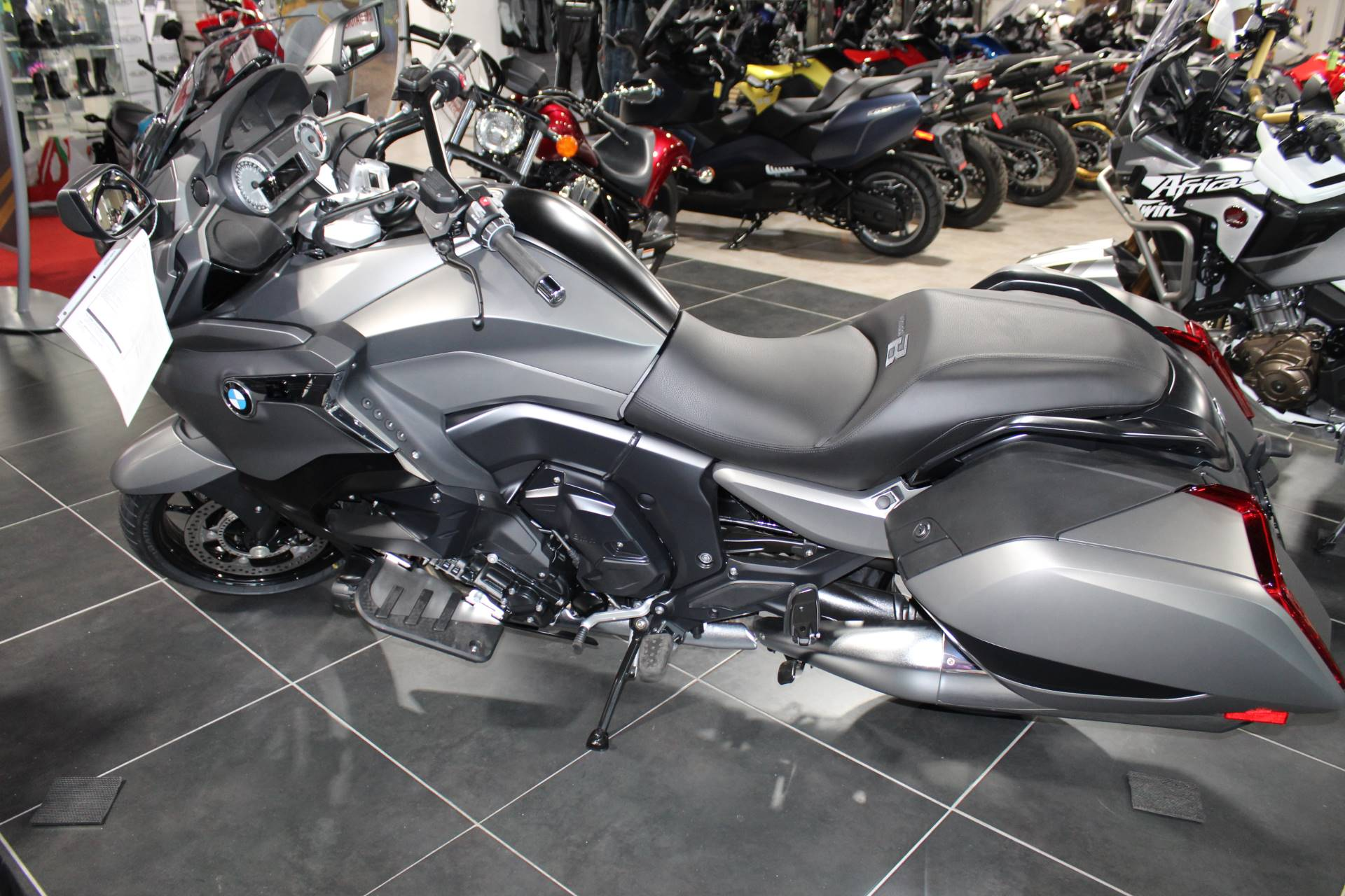 2019 BMW K 1600 B Special Edition in Sarasota, Florida - Photo 4