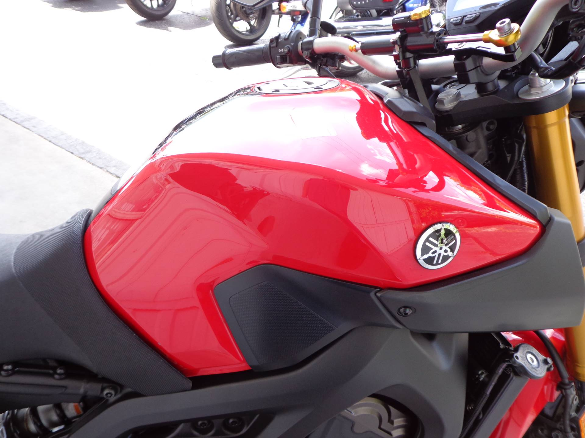 2014 Yamaha FZ-09 9