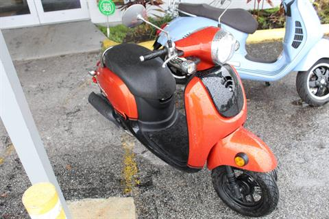 2014 Honda Metropolitan® in Sarasota, Florida - Photo 2