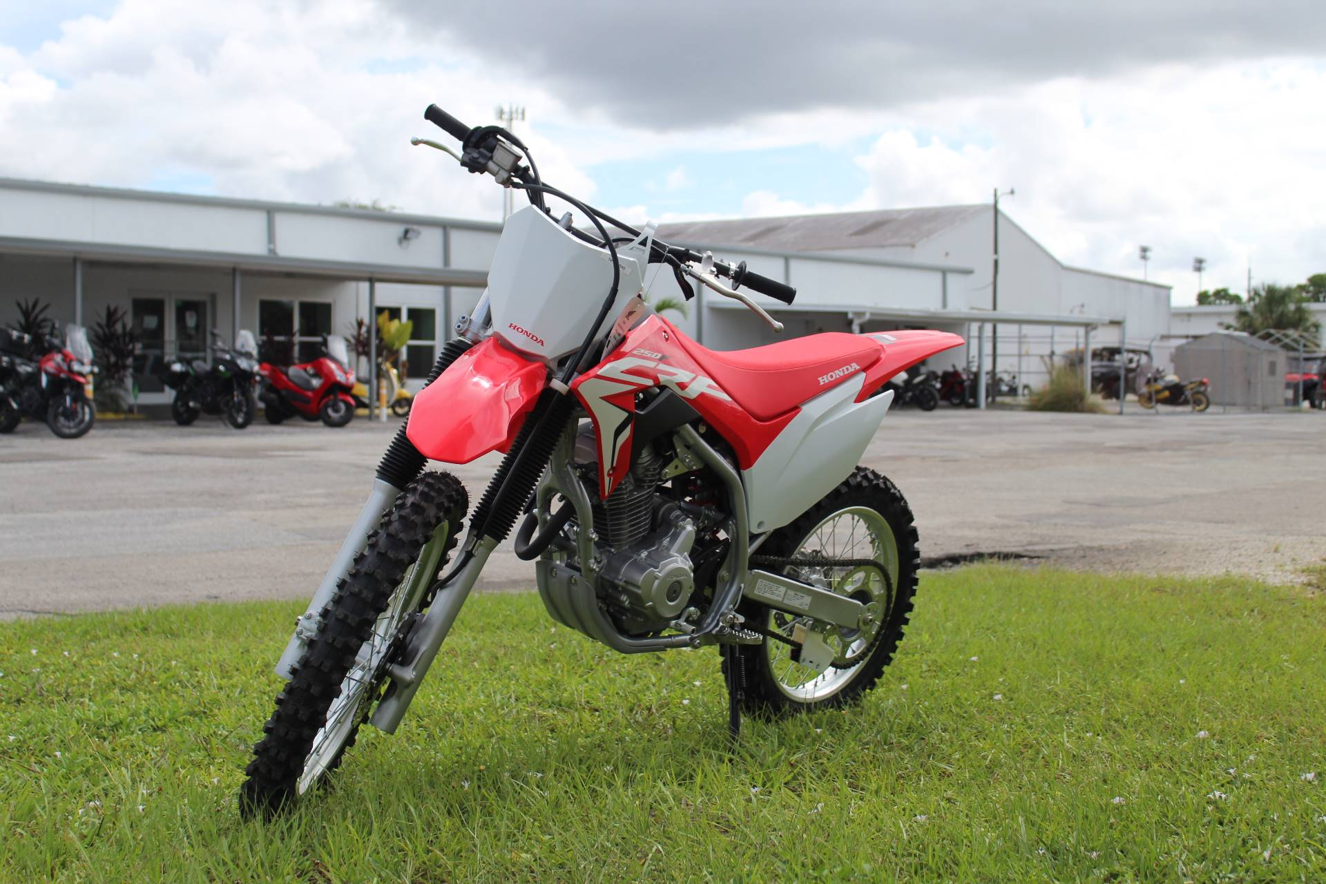 2021 Honda CRF250F in Sarasota, Florida - Photo 2