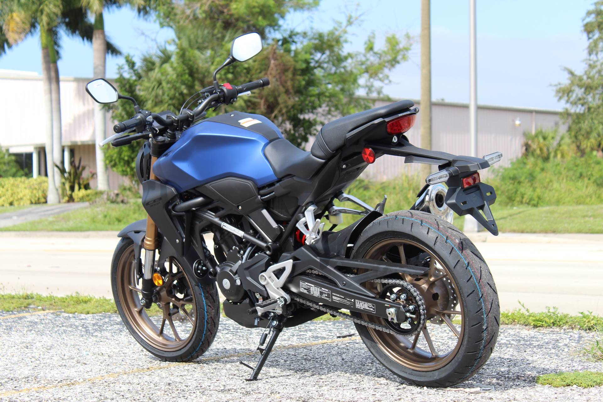 2021 Honda CB300R ABS in Sarasota, Florida - Photo 4