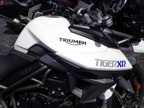 2016 Triumph Tiger 800 XR in Sarasota, Florida