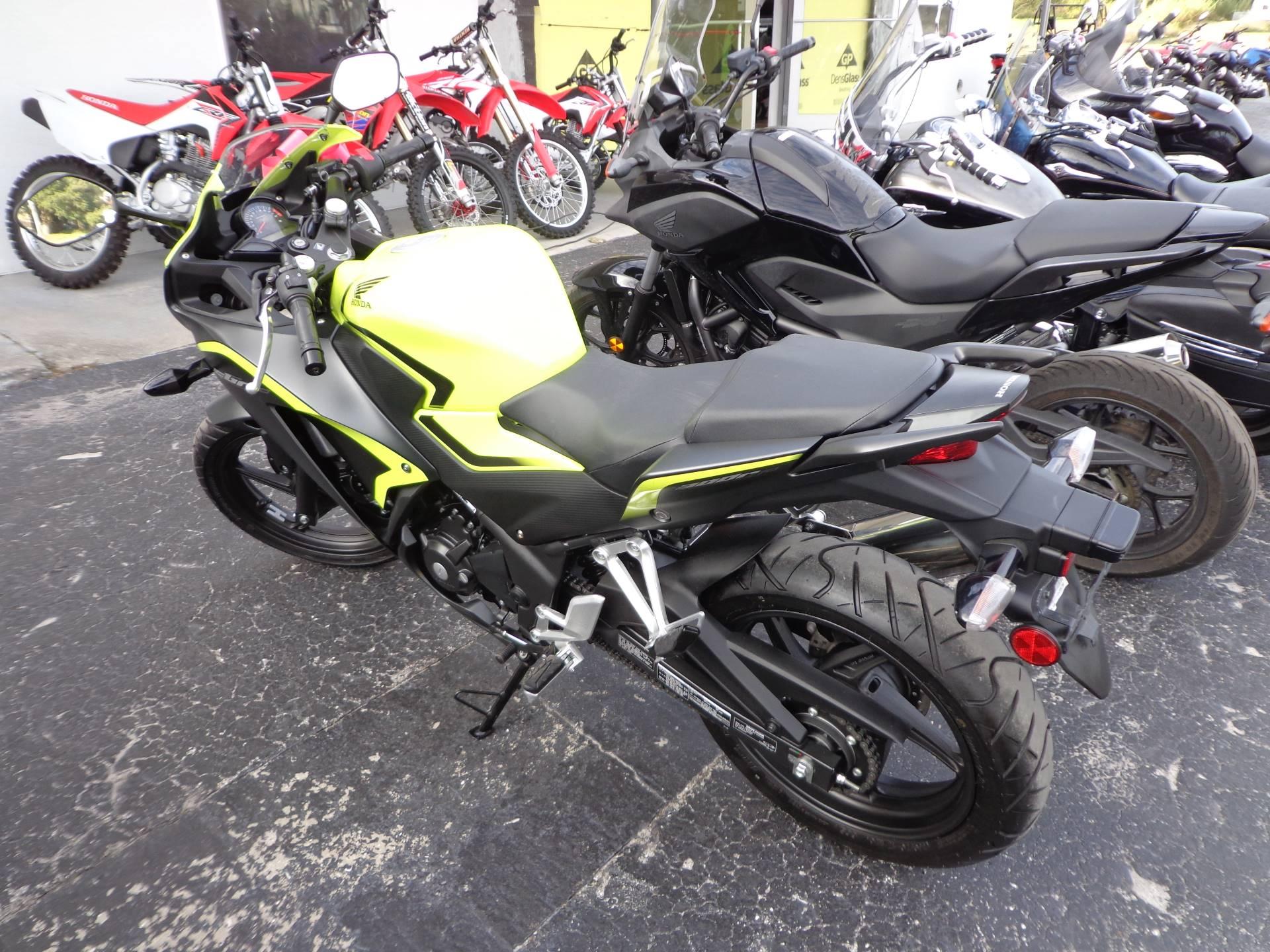 2016 Honda CBR300R 4
