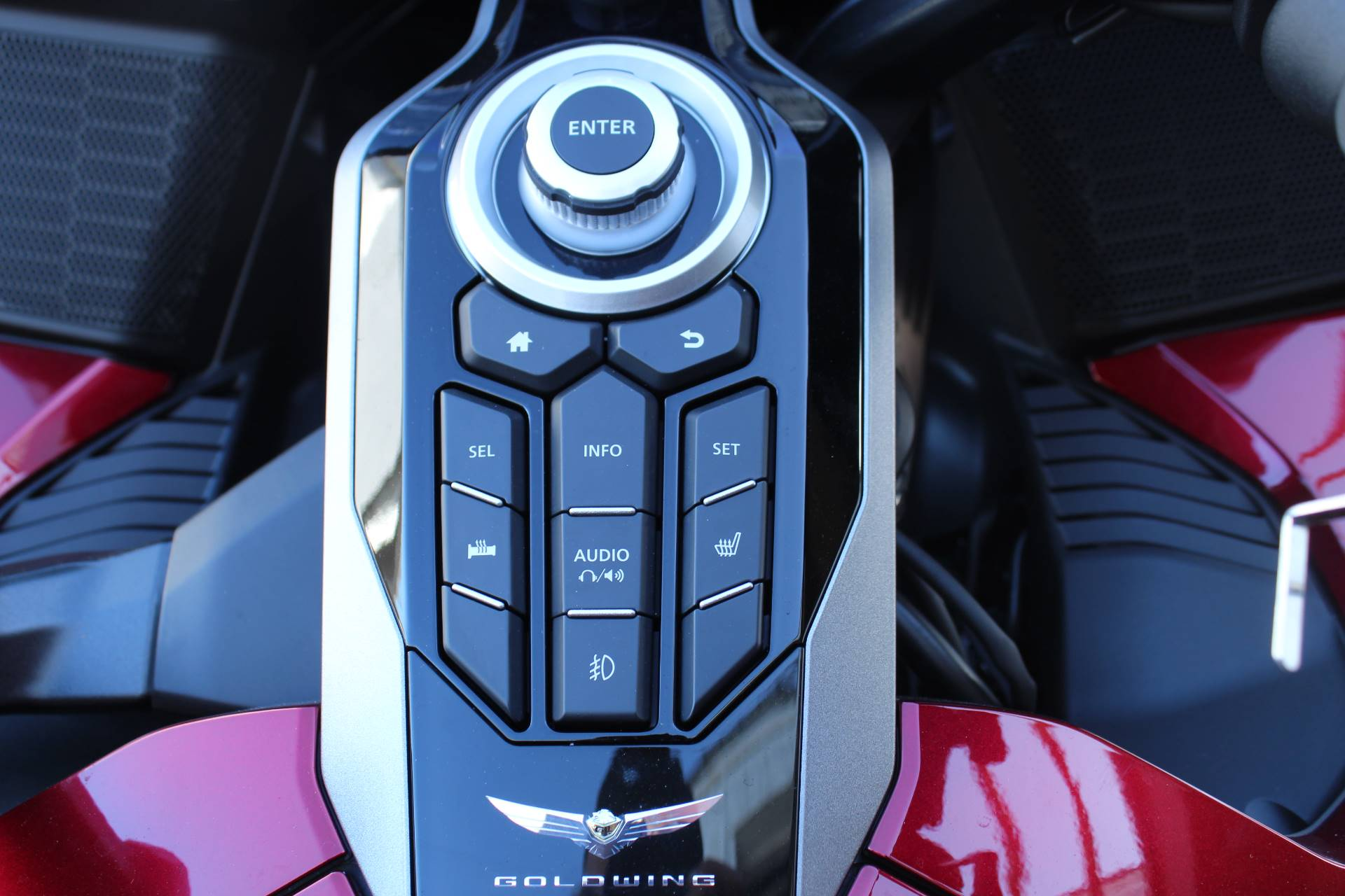 2020 Honda Gold Wing Tour Automatic DCT in Sarasota, Florida - Photo 3