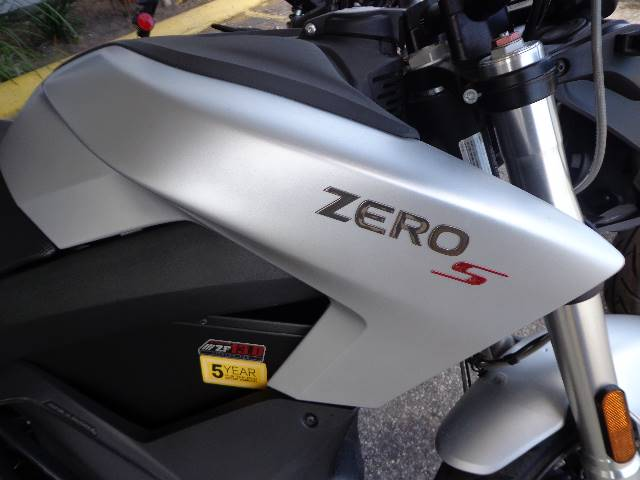 2018 Zero Motorcycles S ZF13.0 + Charge Tank in Sarasota, Florida
