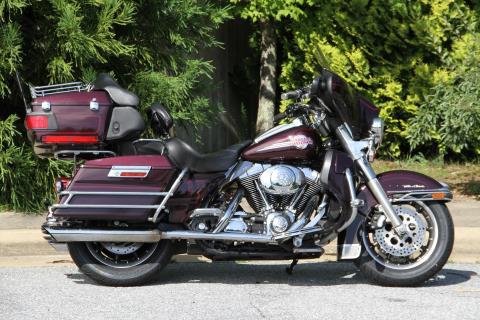 2005 Harley-Davidson FLHTCUI Ultra Classic® Electra Glide® in Hendersonville, North Carolina