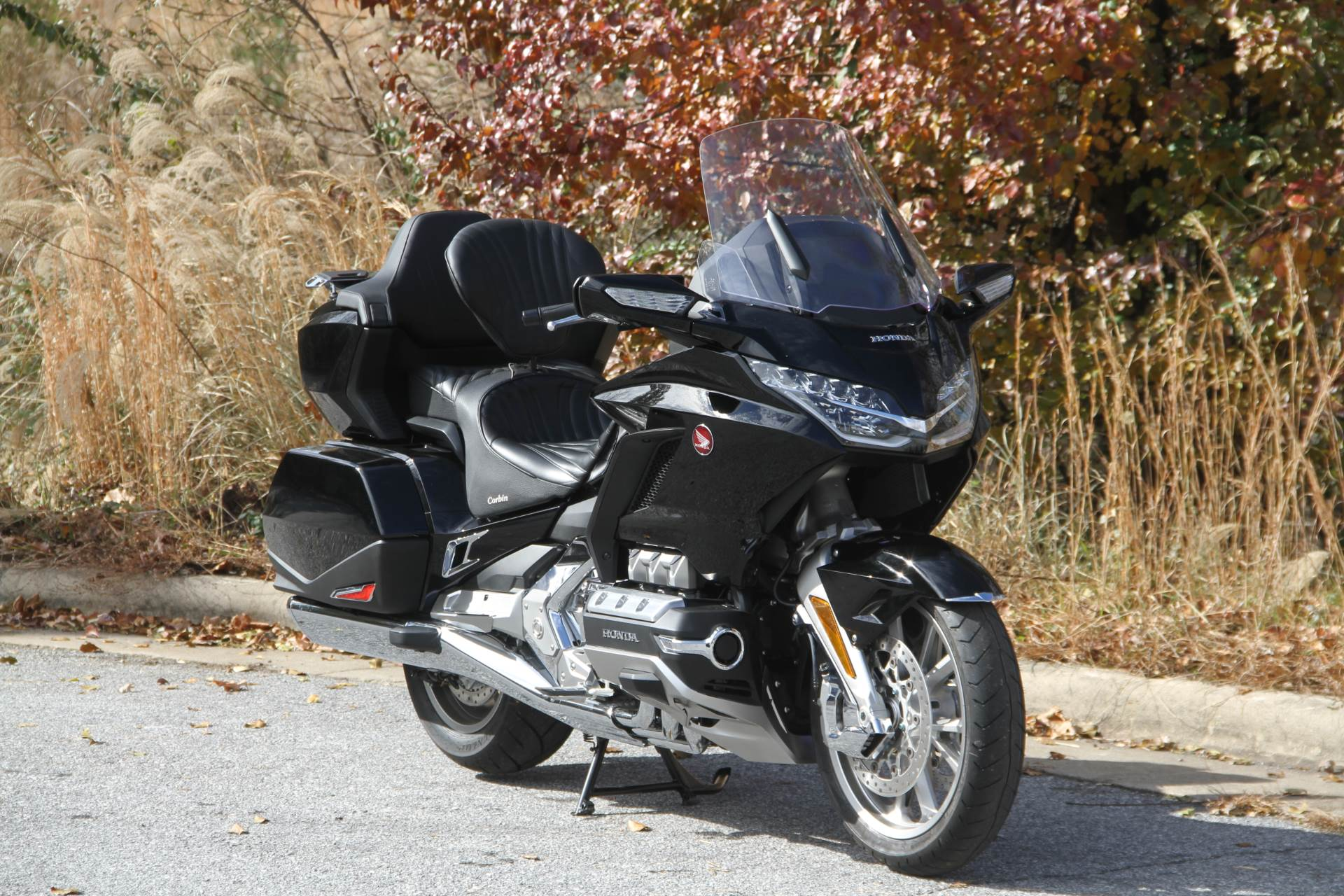 2019 Honda Gold Wing Tour in Hendersonville, North Carolina - Photo 4