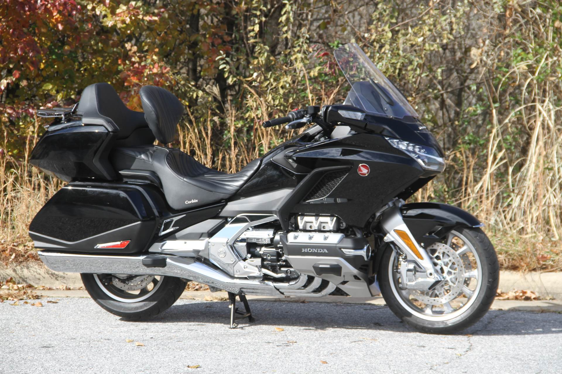 2019 Honda Gold Wing Tour in Hendersonville, North Carolina - Photo 8
