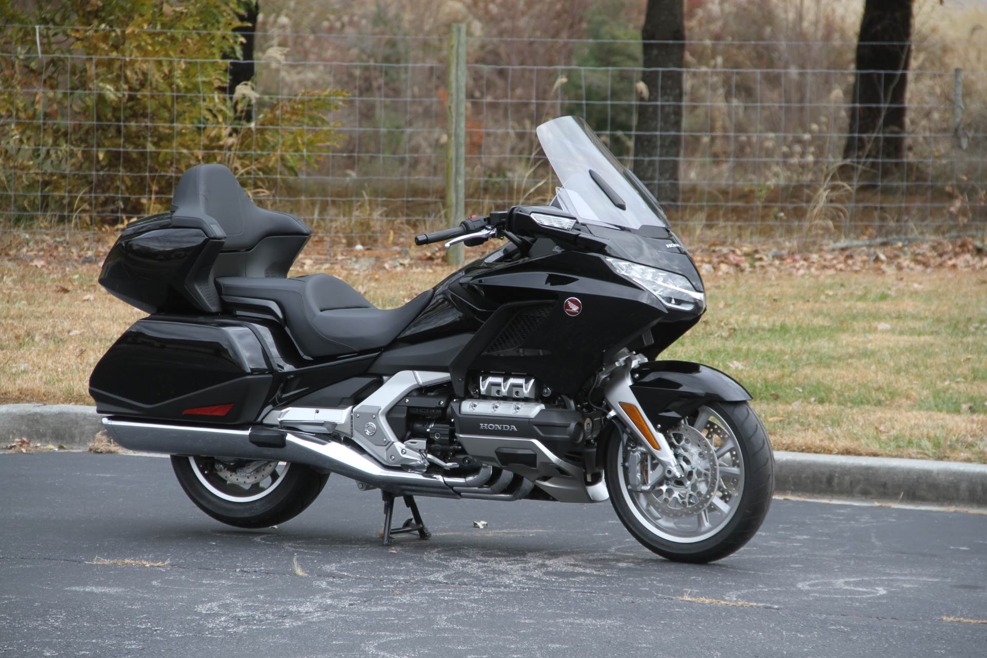 2019 Honda Gold Wing Tour in Hendersonville, North Carolina - Photo 9