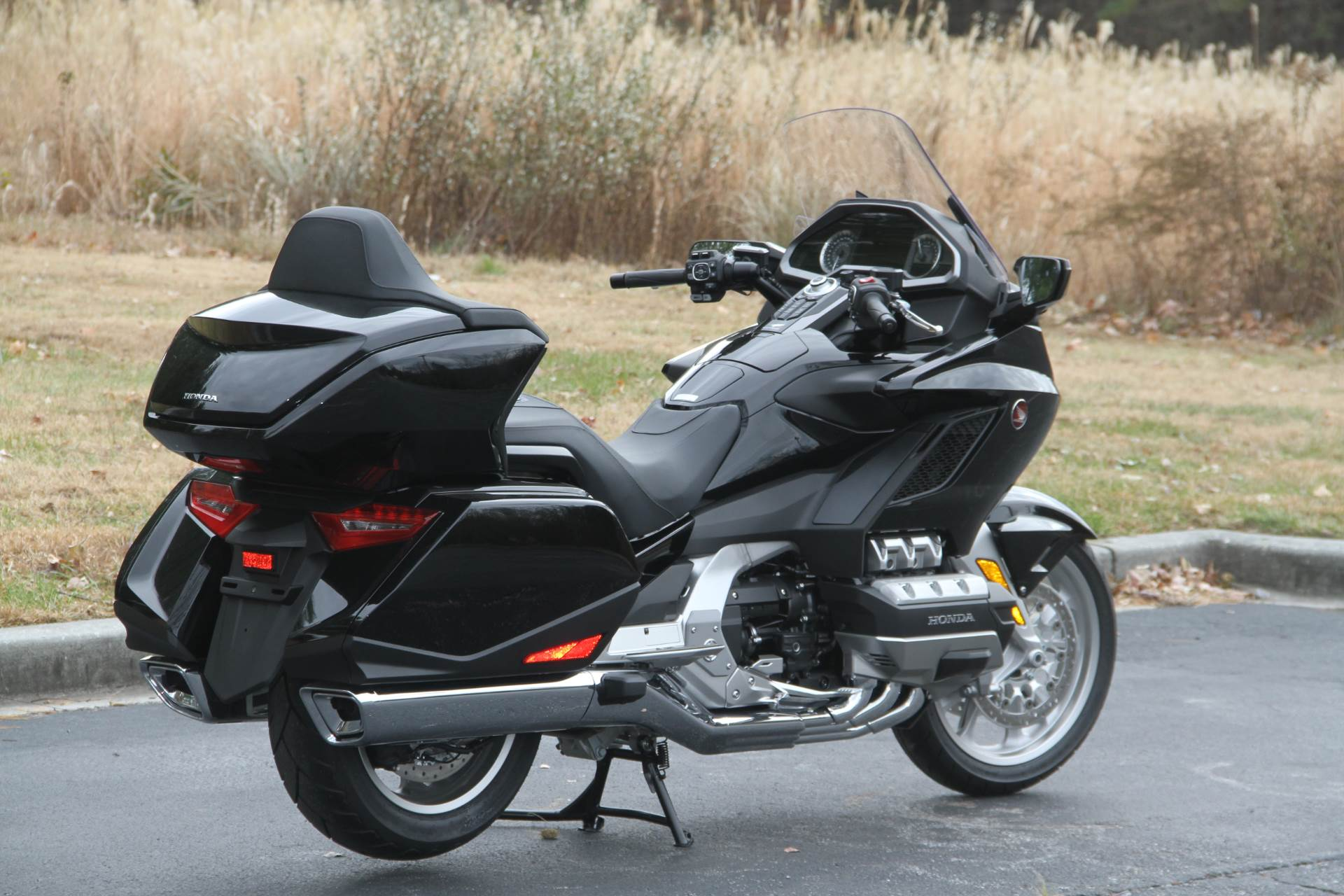2019 Honda Gold Wing Tour in Hendersonville, North Carolina - Photo 16