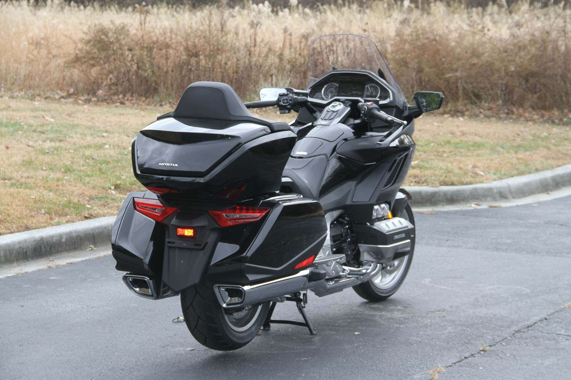 2019 Honda Gold Wing Tour in Hendersonville, North Carolina - Photo 17