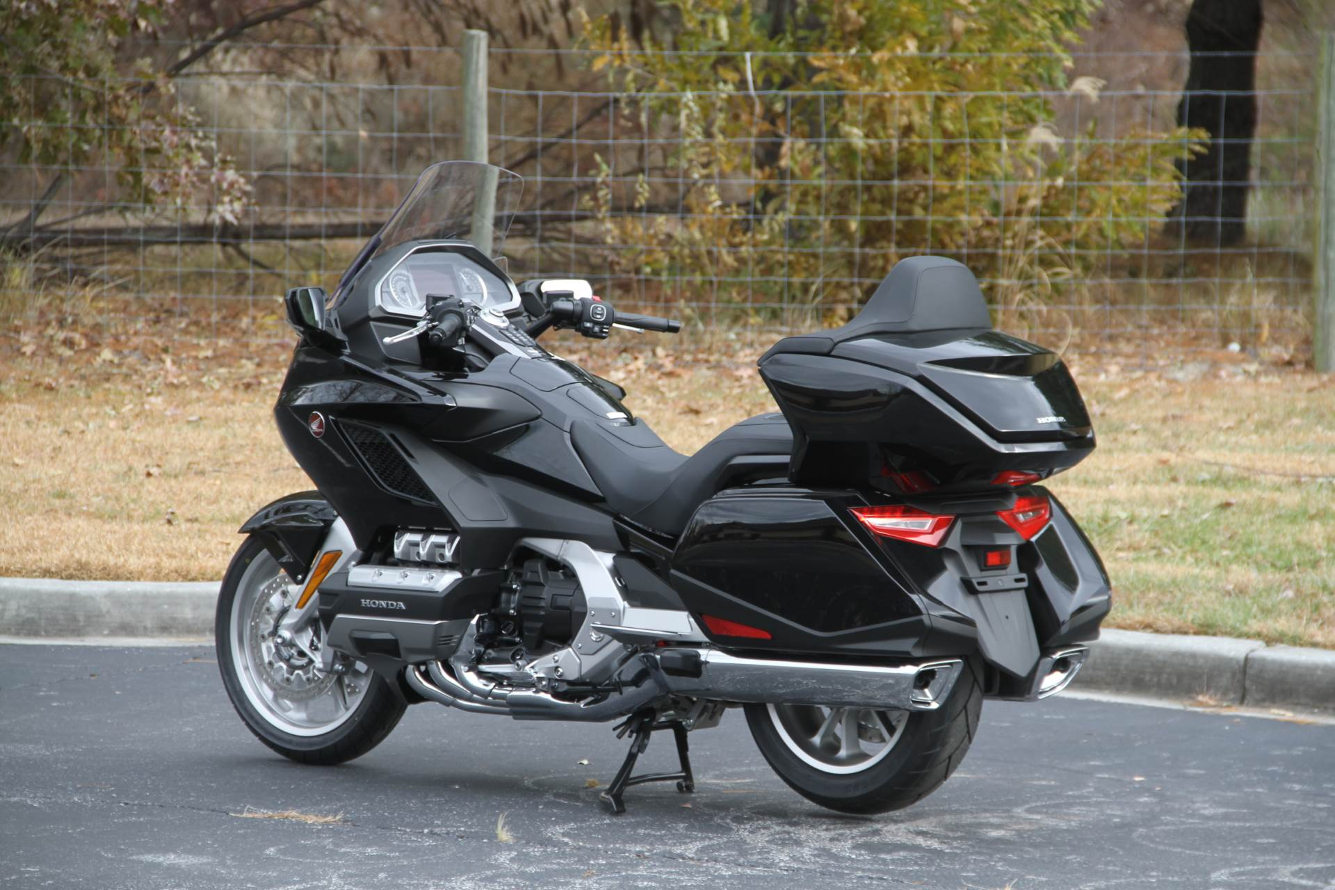 2019 Honda Gold Wing Tour in Hendersonville, North Carolina - Photo 23