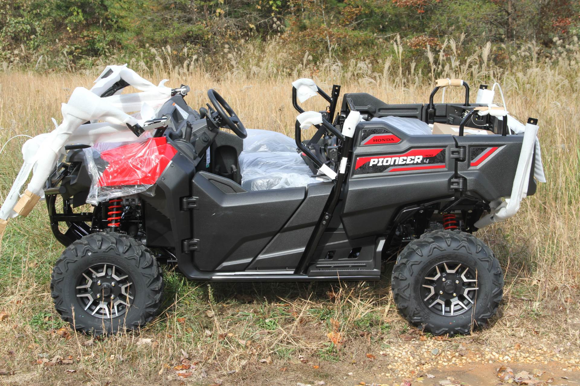 2020 Honda Pioneer 700-4 Deluxe in Hendersonville, North Carolina - Photo 7