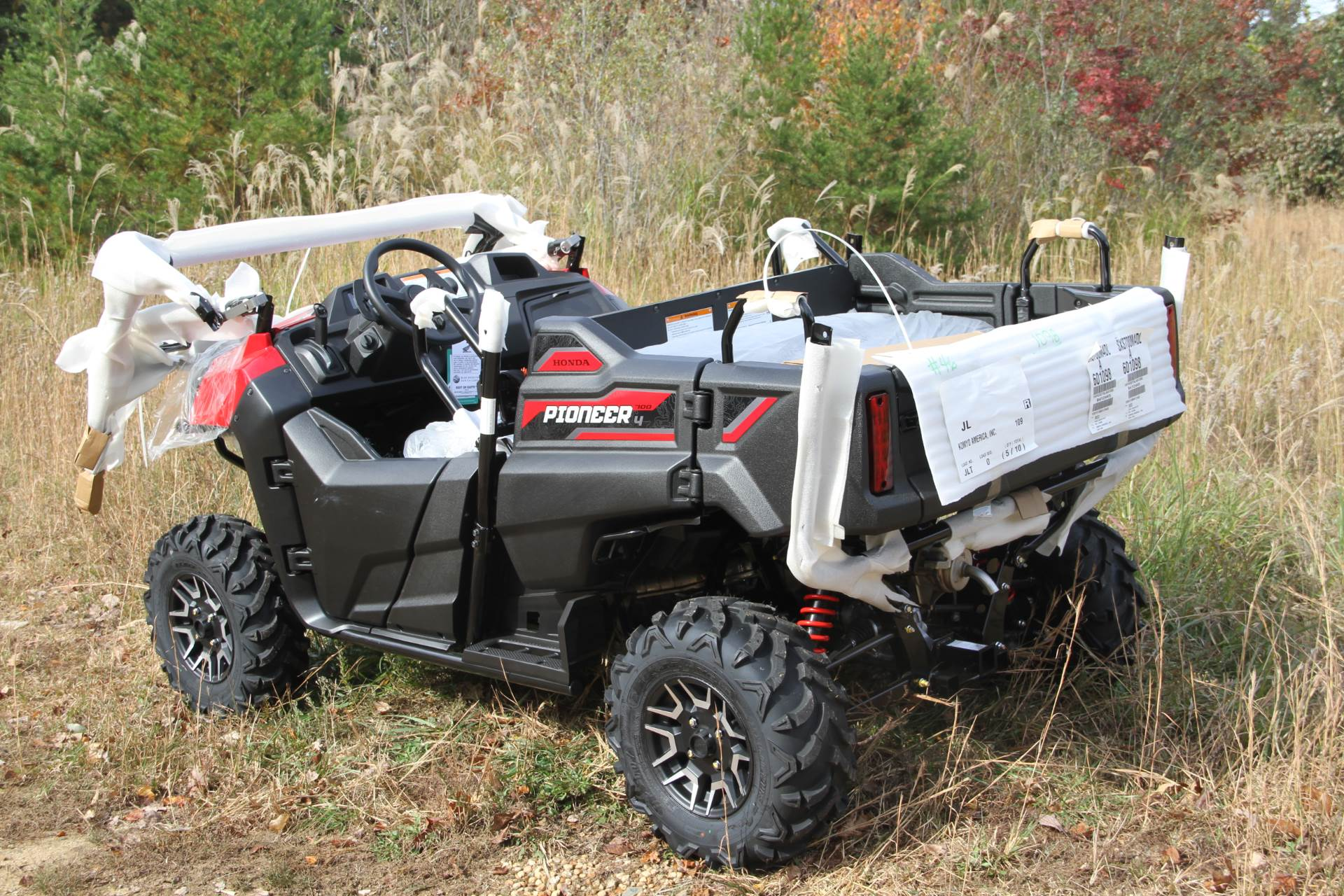 2020 Honda Pioneer 700-4 Deluxe in Hendersonville, North Carolina - Photo 9
