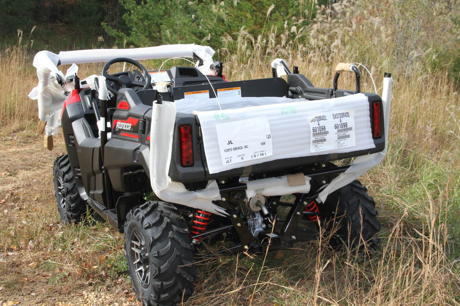 2020 Honda Pioneer 700-4 Deluxe in Hendersonville, North Carolina - Photo 10