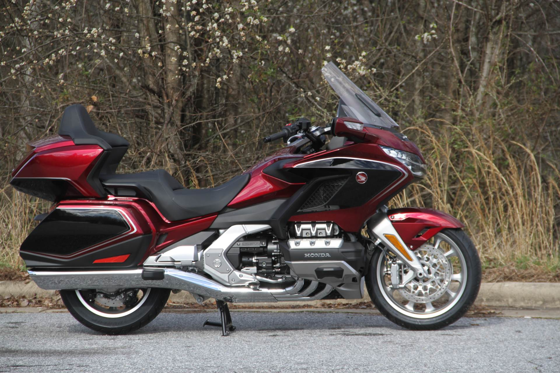 2020 Honda Gold Wing Tour in Hendersonville, North Carolina - Photo 10