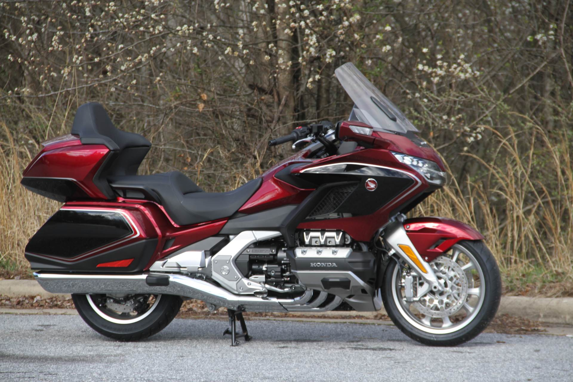 2020 Honda Gold Wing Tour in Hendersonville, North Carolina - Photo 12