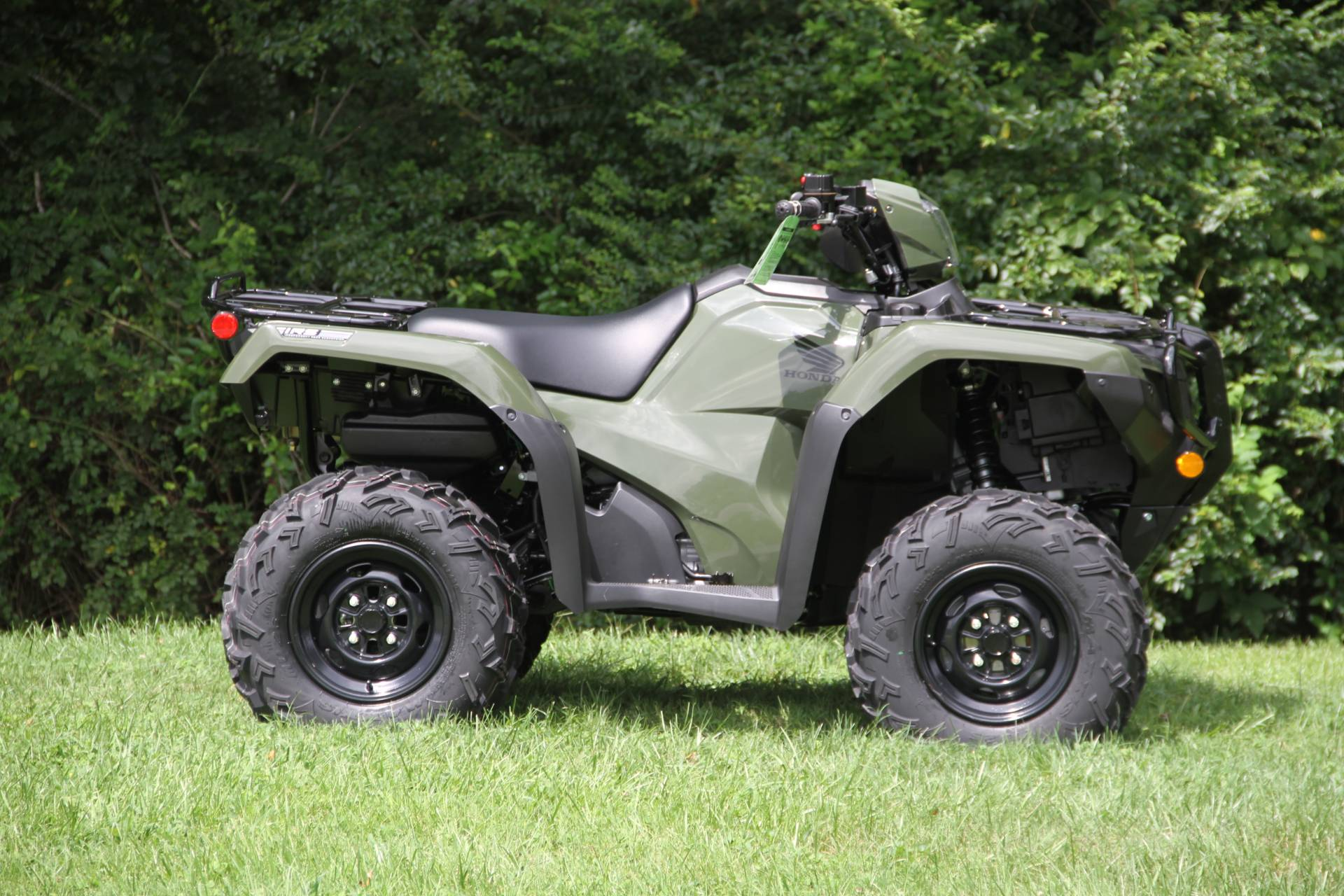 2021 Honda FourTrax Foreman Rubicon 4x4 Automatic DCT in Hendersonville, North Carolina - Photo 9