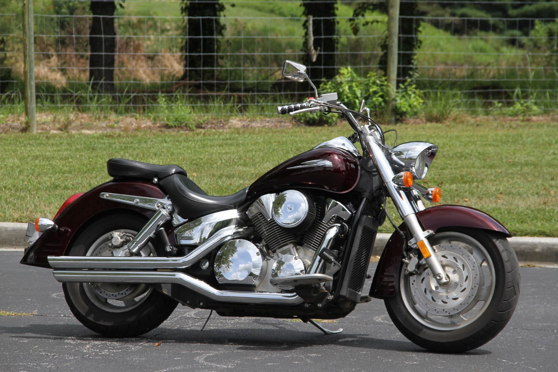 2007 Honda VTX™1300R in Hendersonville, North Carolina