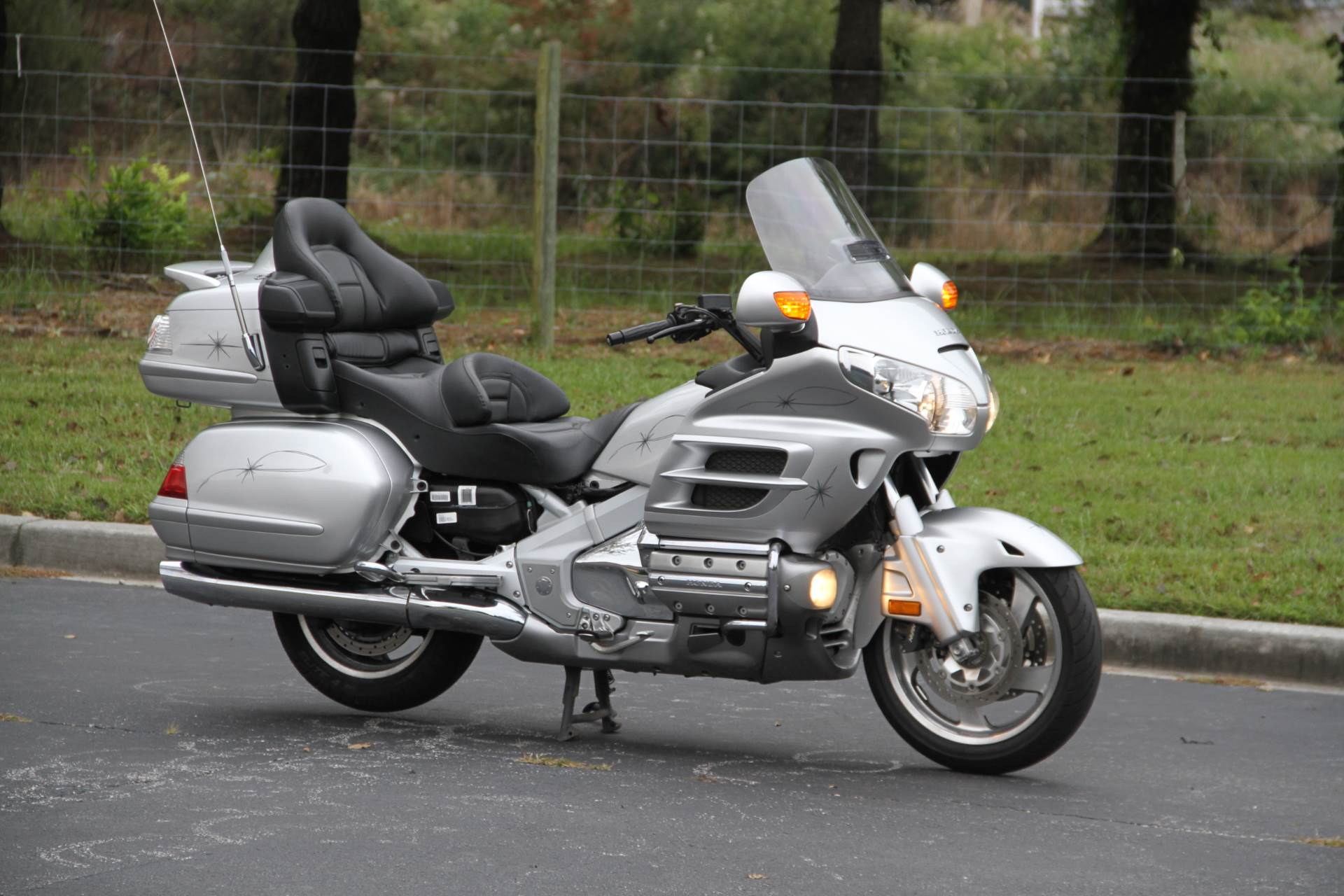 2007 Honda Gold Wing® Audio / Comfort / Navi / ABS in Hendersonville, North Carolina - Photo 5