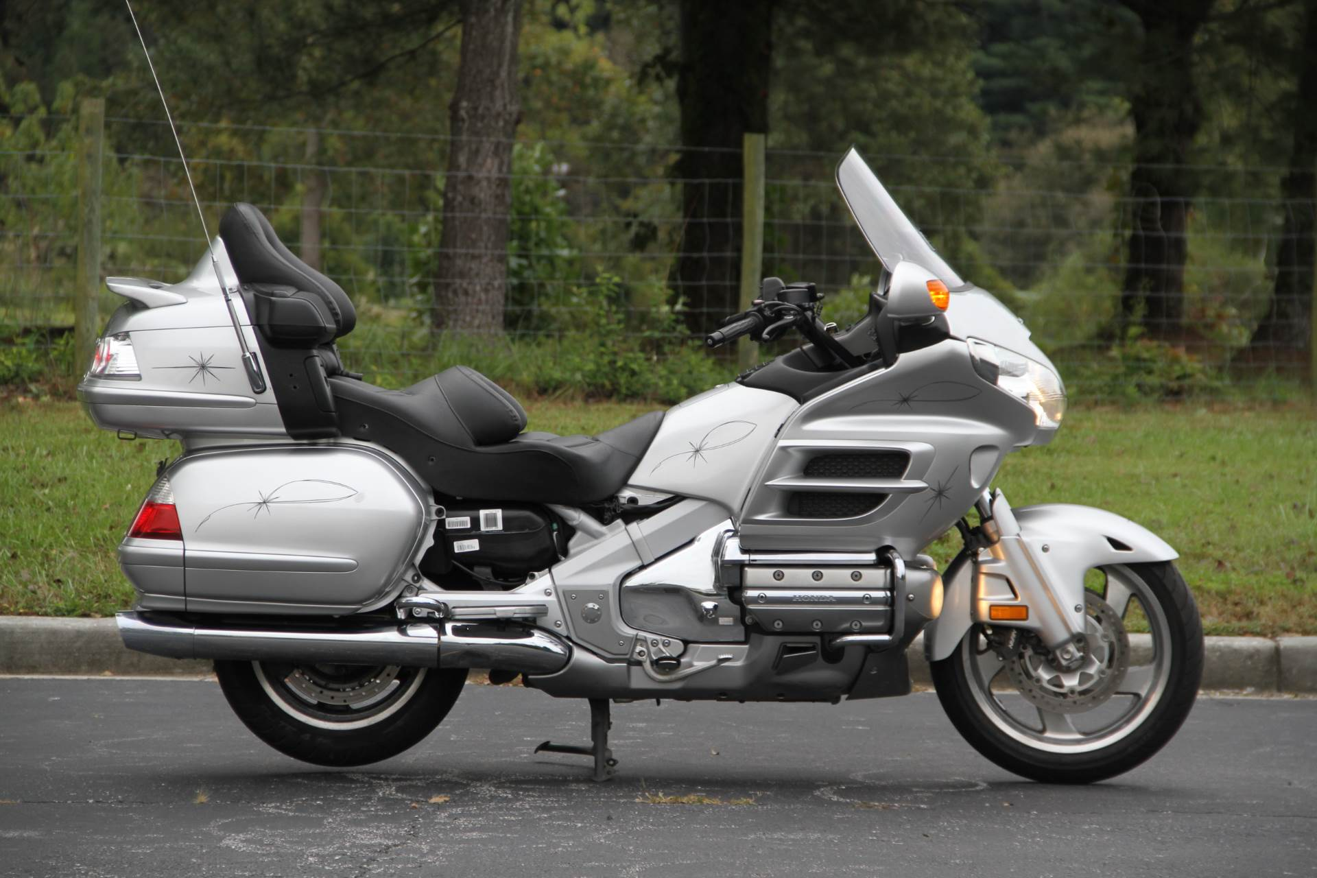2007 Honda Gold Wing® Audio / Comfort / Navi / ABS in Hendersonville, North Carolina - Photo 6