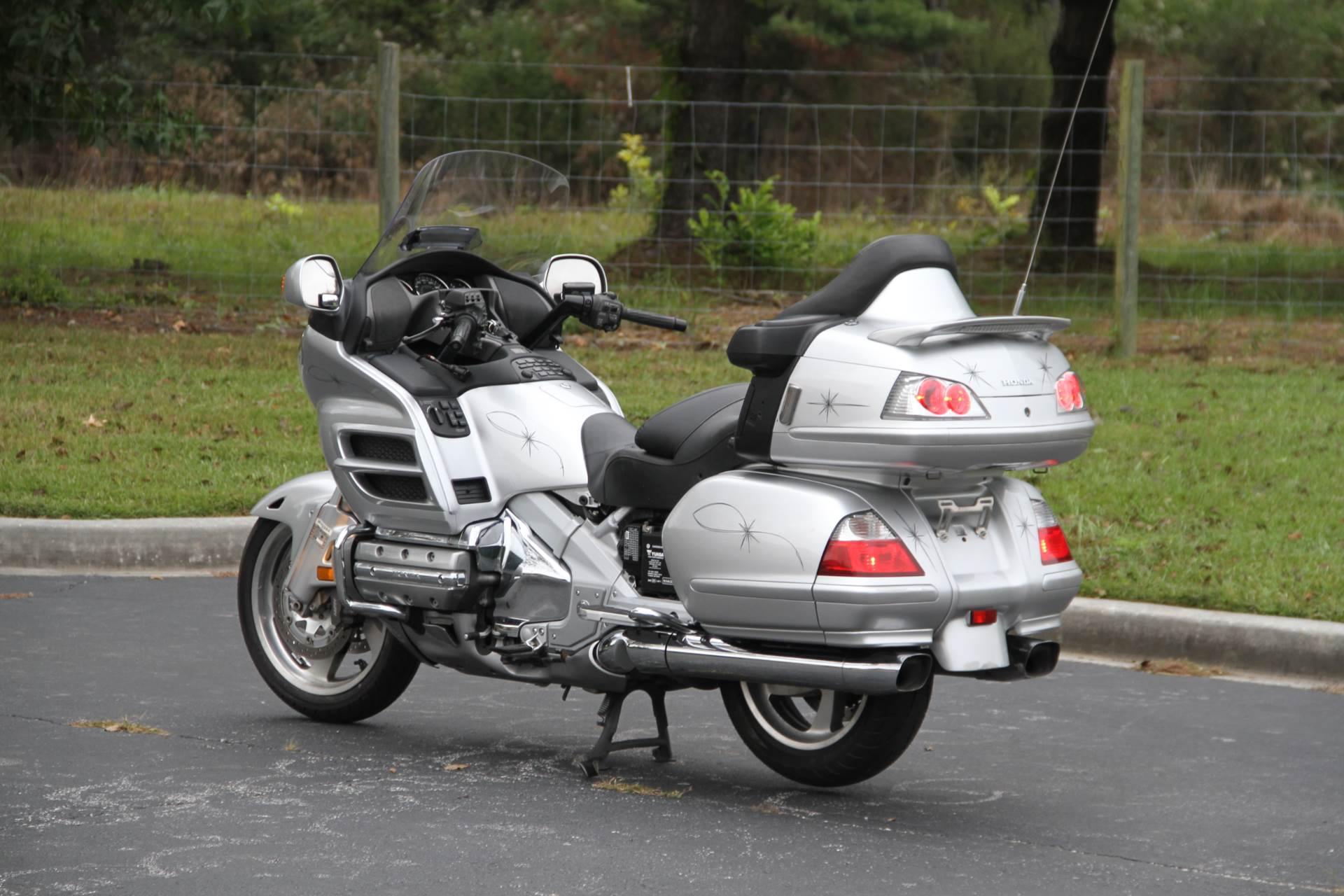2007 Honda Gold Wing® Audio / Comfort / Navi / ABS in Hendersonville, North Carolina - Photo 16