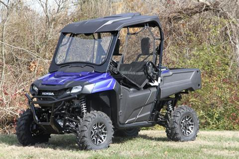 2017 Honda Pioneer 700 Deluxe in Hendersonville, North Carolina