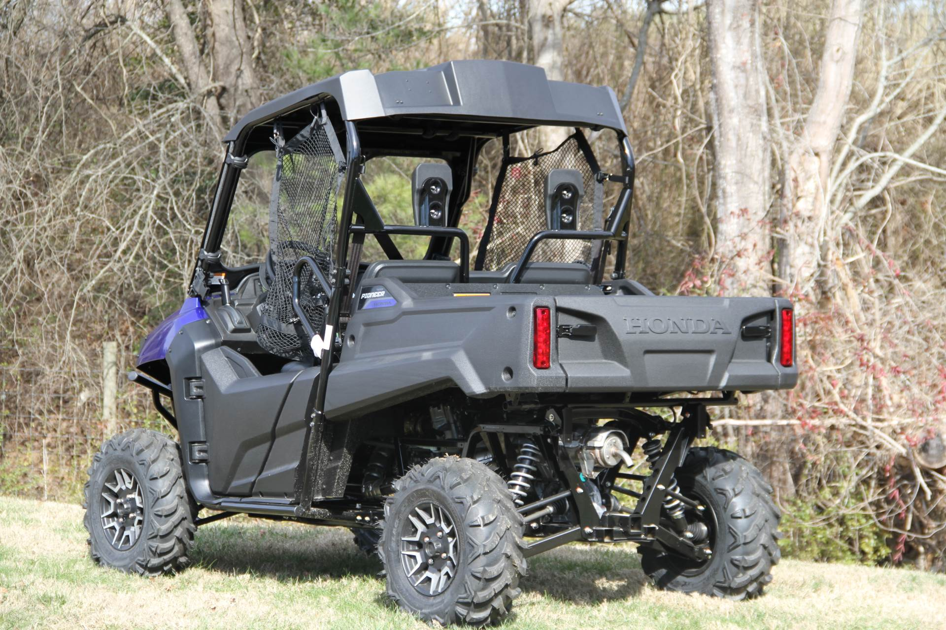 2017 Honda Pioneer 700 Deluxe in Hendersonville, North Carolina