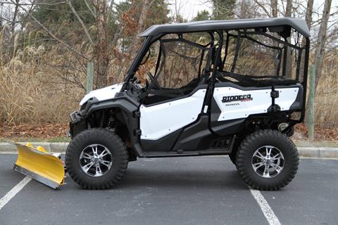 2016 Honda Pioneer 1000-5 Deluxe in Hendersonville, North Carolina