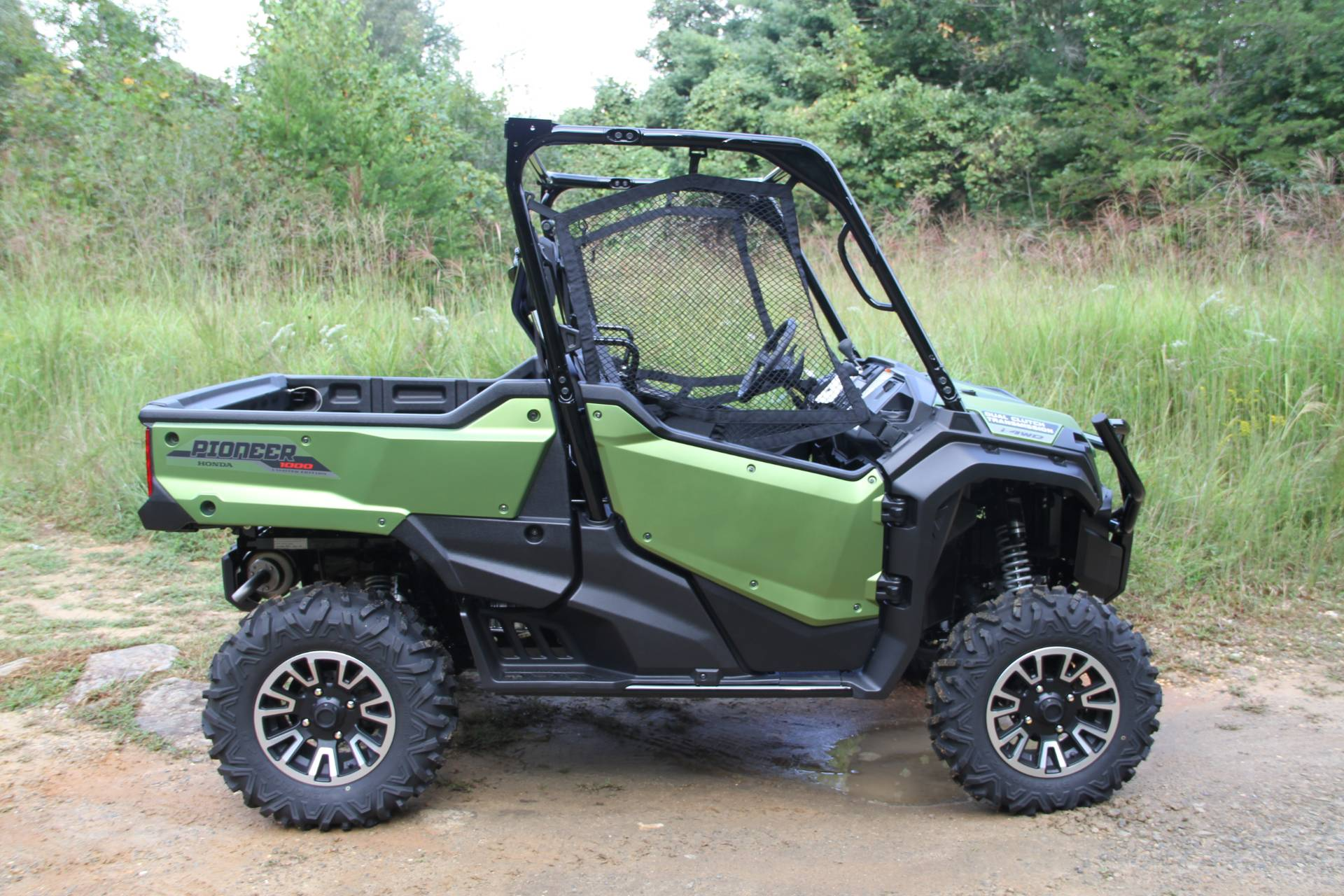 2021 Honda Pioneer 1000 Limited Edition in Hendersonville, North Carolina - Photo 15