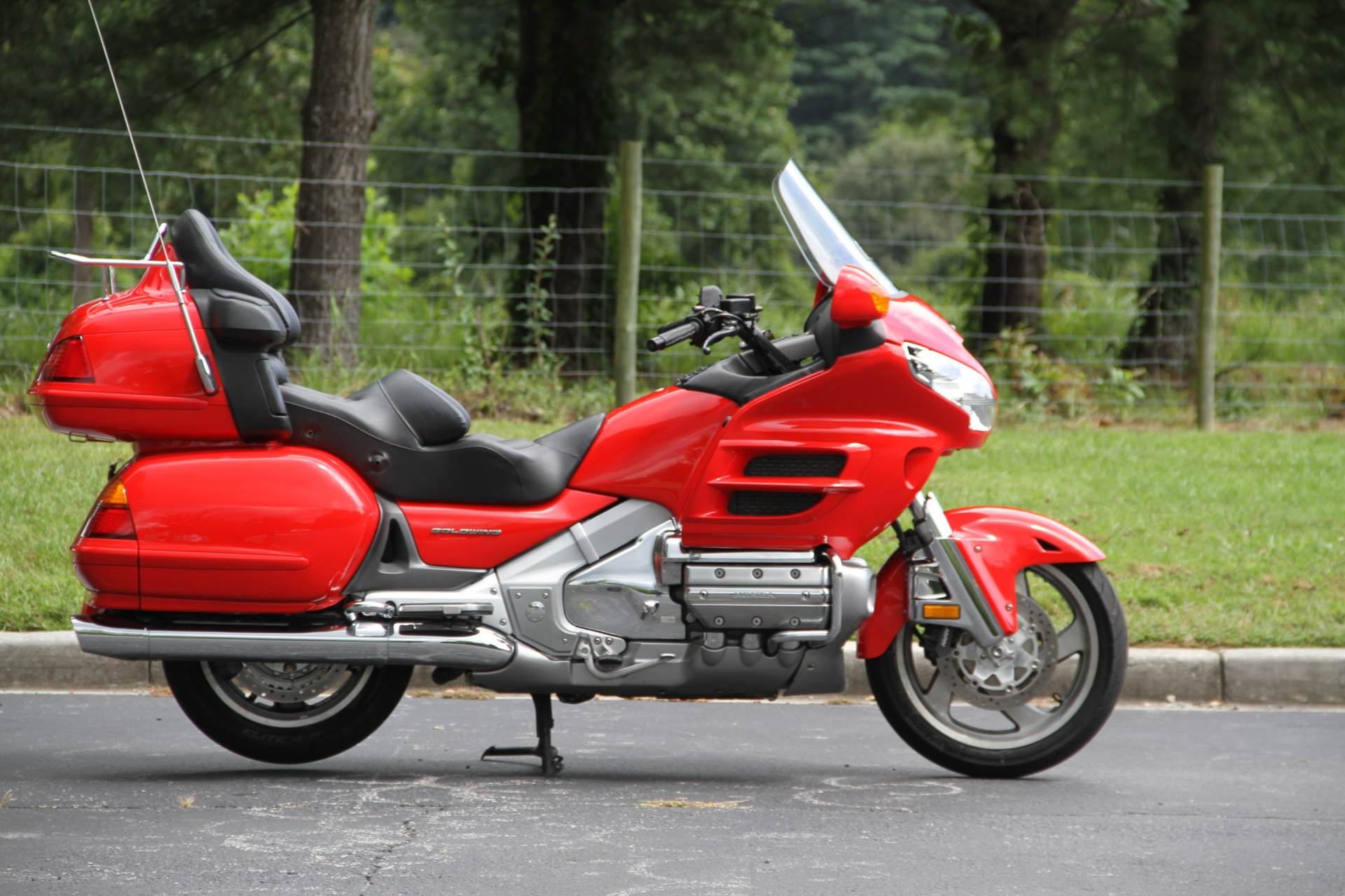 2004 Honda Gold Wing in Hendersonville, North Carolina - Photo 7