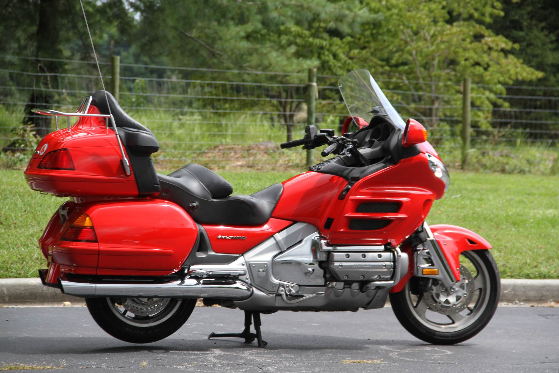2004 Honda Gold Wing in Hendersonville, North Carolina - Photo 8