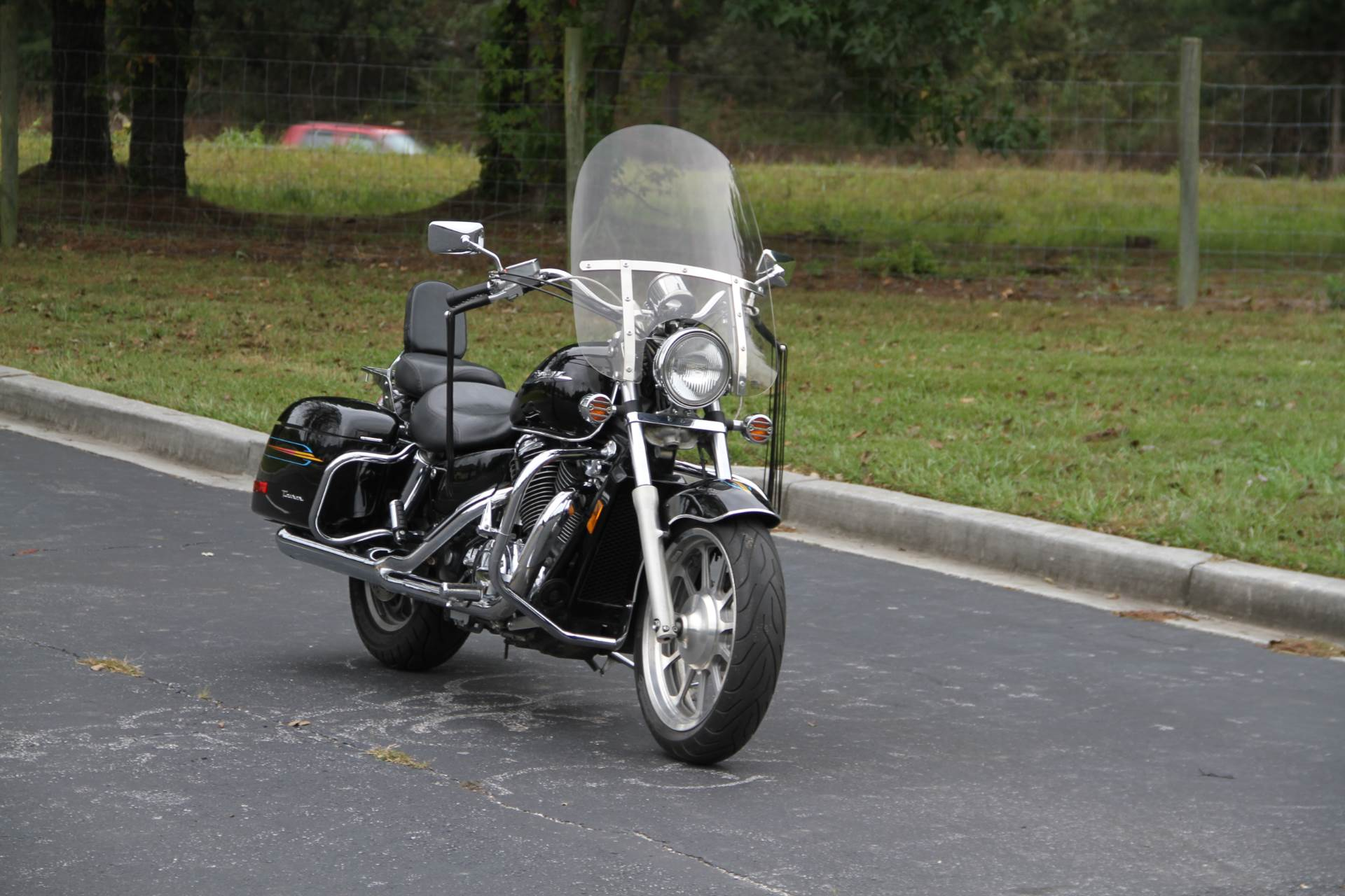2000 Honda SHADOW TOUR in Hendersonville, North Carolina - Photo 4