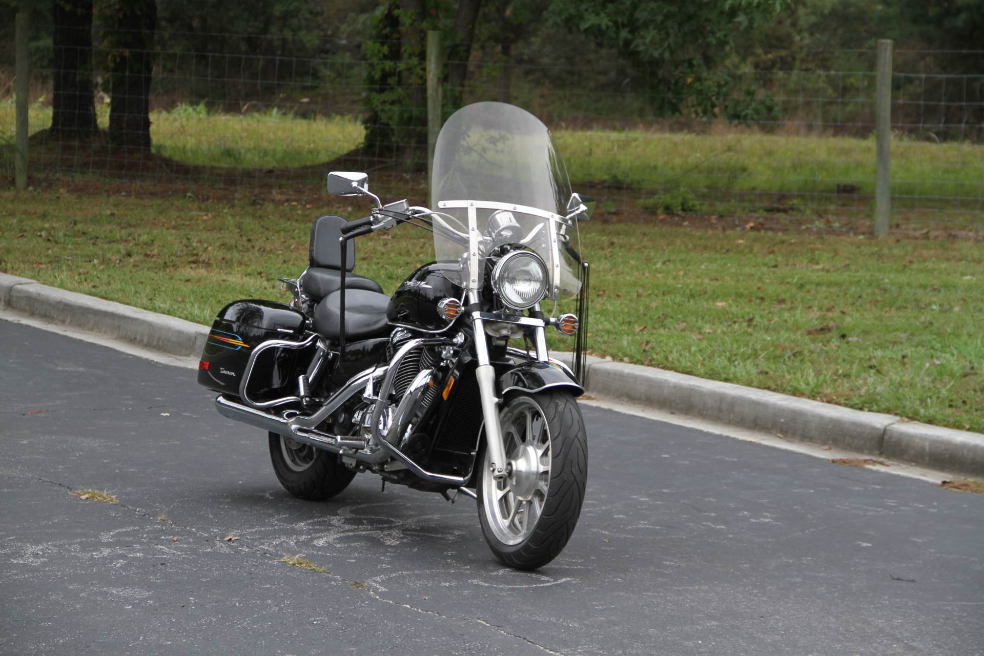 2000 Honda SHADOW TOUR in Hendersonville, North Carolina - Photo 5
