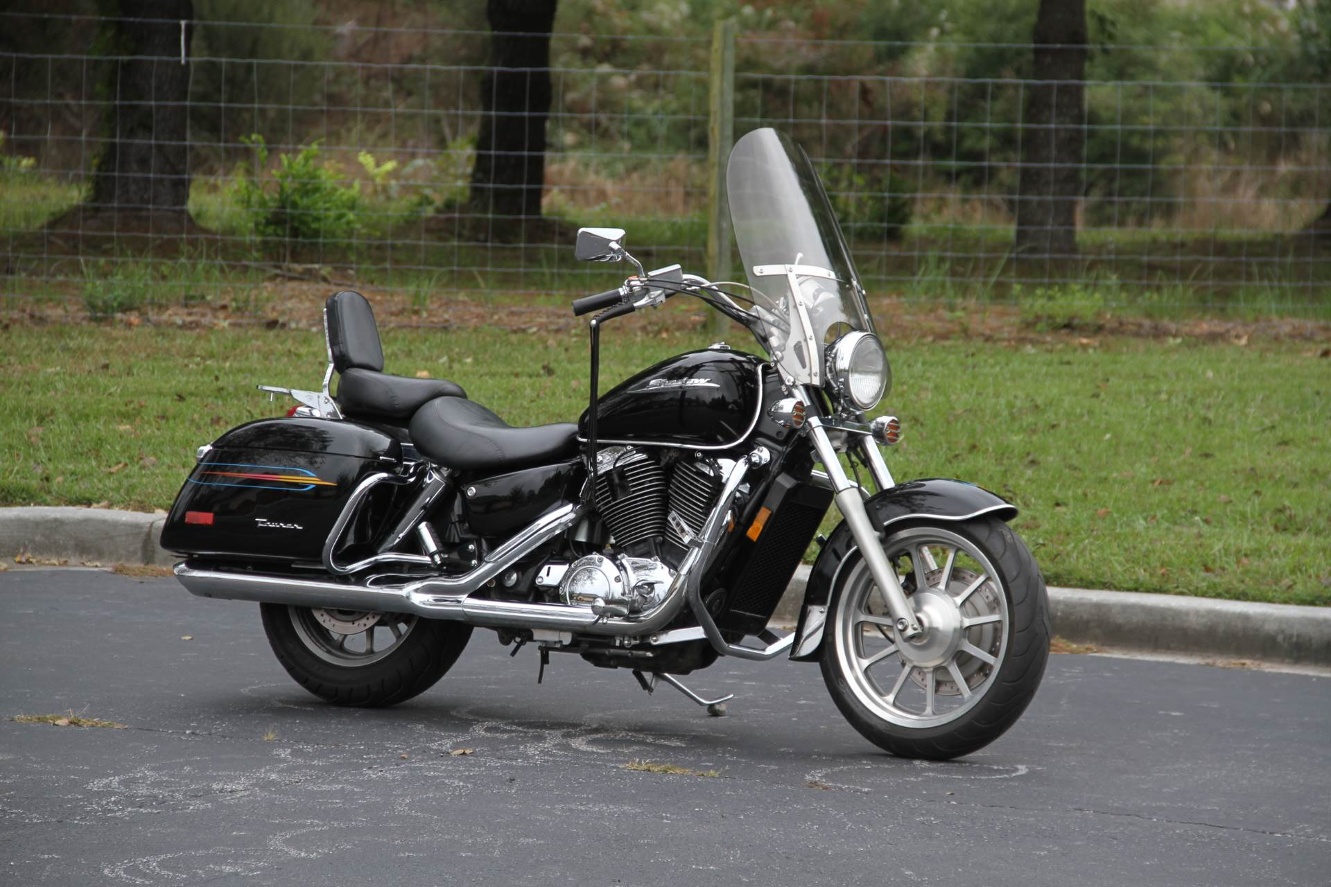 2000 Honda SHADOW TOUR in Hendersonville, North Carolina - Photo 7