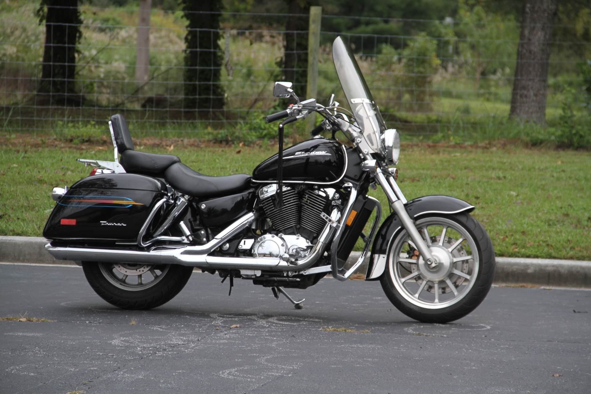 2000 Honda SHADOW TOUR in Hendersonville, North Carolina - Photo 10