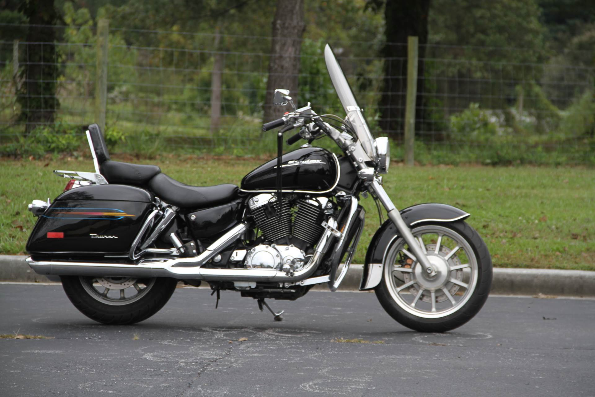 2000 Honda SHADOW TOUR in Hendersonville, North Carolina - Photo 11