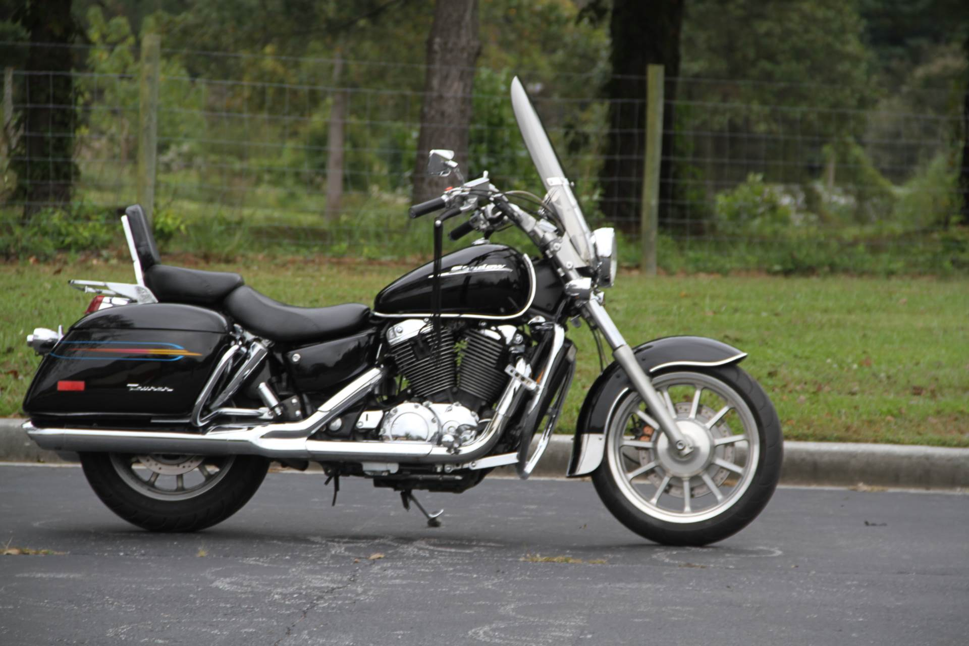 2000 Honda SHADOW TOUR in Hendersonville, North Carolina - Photo 12