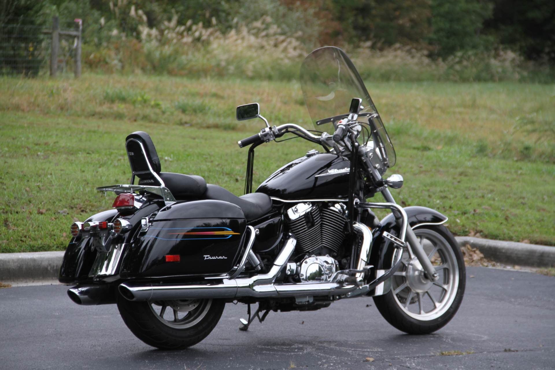 2000 Honda SHADOW TOUR in Hendersonville, North Carolina - Photo 16
