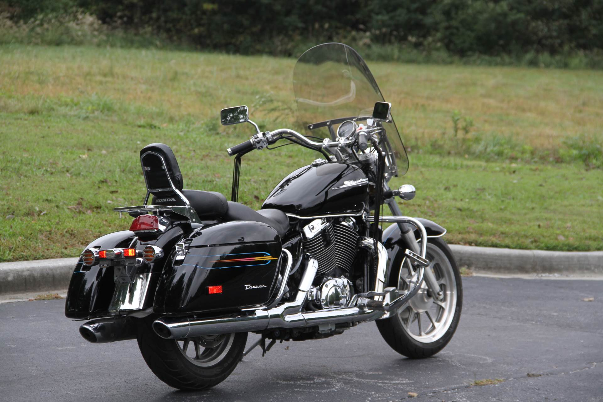 2000 Honda SHADOW TOUR in Hendersonville, North Carolina - Photo 17