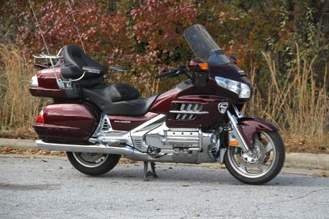 2006 Honda Gold Wing® Audio / Comfort in Hendersonville, North Carolina - Photo 8