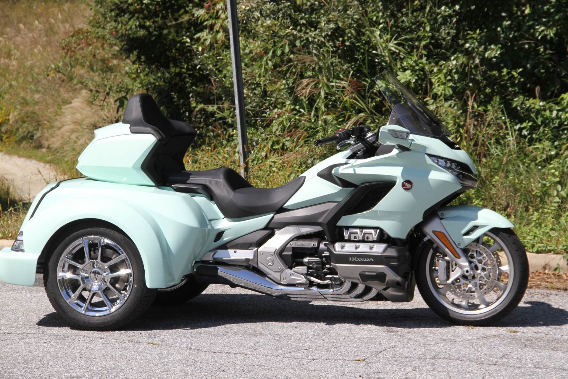 2019 Honda Gold Wing Tour Automatic DCT in Hendersonville, North Carolina - Photo 8