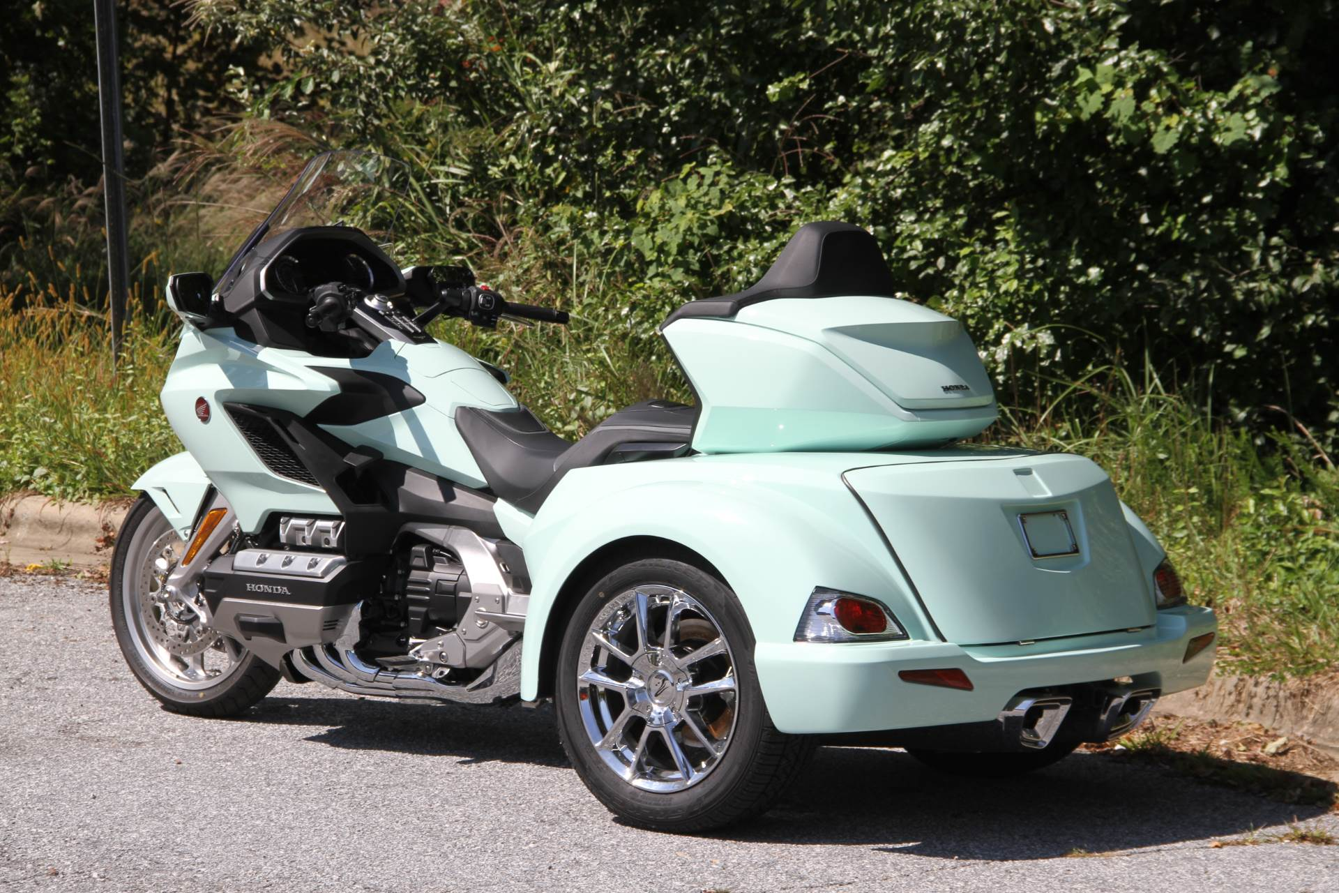 2019 Honda Gold Wing Tour Automatic DCT in Hendersonville, North Carolina - Photo 18