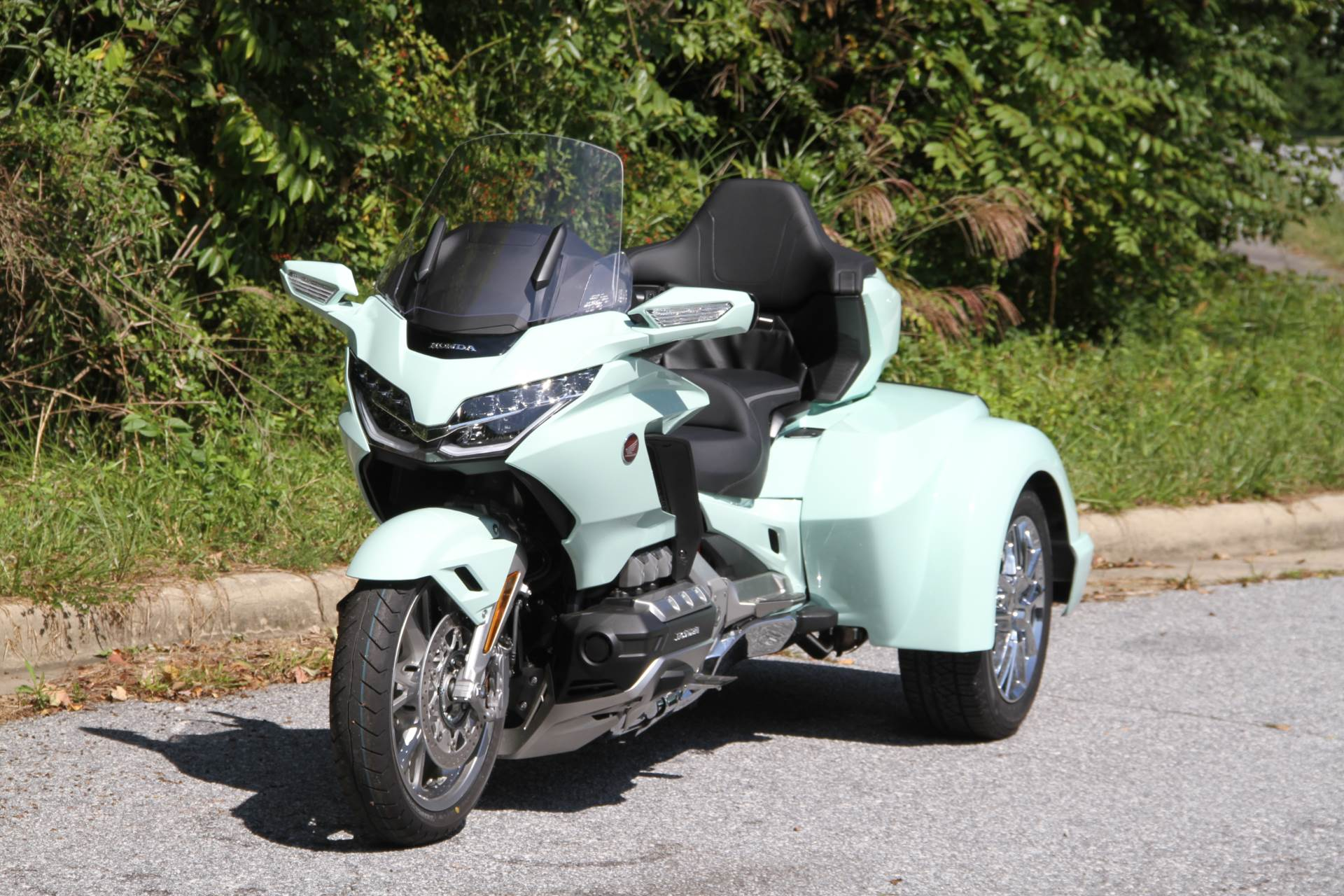 2019 Honda Gold Wing Tour Automatic DCT in Hendersonville, North Carolina - Photo 23