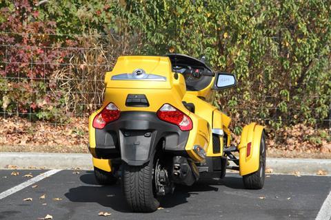 2014 Can-Am Spyder® RT-S SM6 in Hendersonville, North Carolina